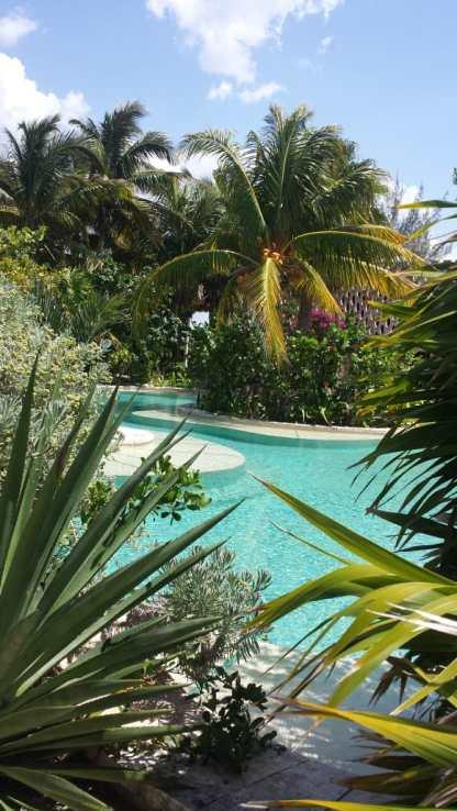 Pool at Sisal @riccardogodoy